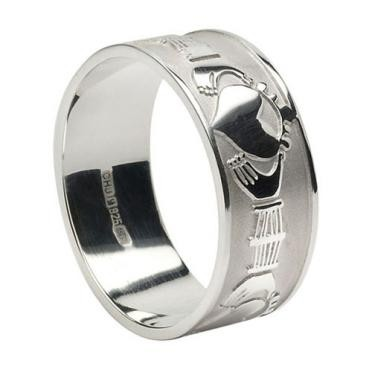 Mens Extra Wide Claddagh Band WED263