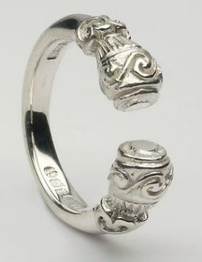 CTR10 Torc Ring Silver