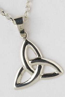 Trinity Knot Silver Pendant P2000