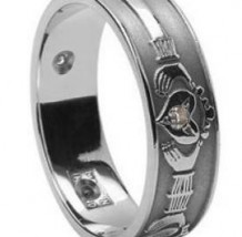 Ladies Claddagh Diamond Set Band WED3 Silver