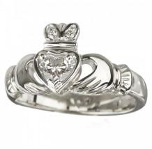 18K White Diamond (0.25CT) Claddagh Ring S2503