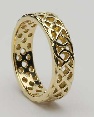 Gents Signature Band Claddagh WED436